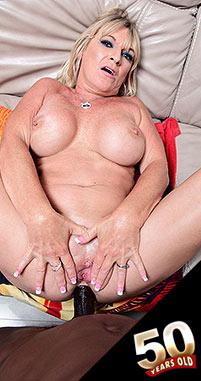 Brandi Jaimes - XXX MILF photos