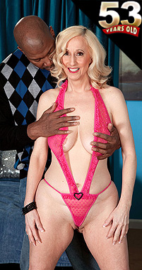 Jackie Pierson - XXX MILF photos