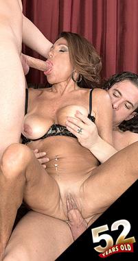 Layla LaMora - XXX MILF photos