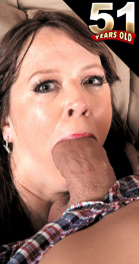 Nicky White - XXX MILF photos