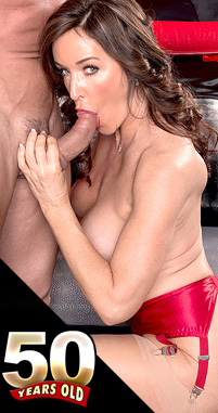 Rachel Steele - XXX MILF photos