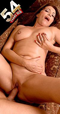 Vivi Ana - XXX MILF photos