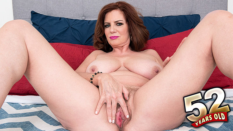 Andi  James - Solo Granny video