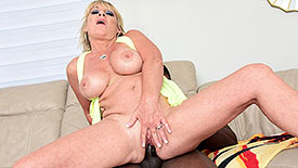 Brandi Jaimes - XXX MILF video screenshot #3