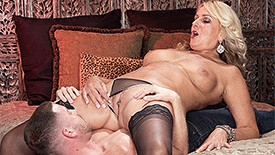 Dallas Matthews - XXX MILF video screenshot #1