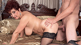 Jessica Hot - XXX MILF video screenshot #4