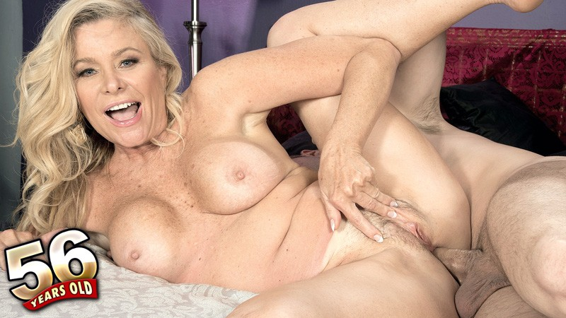 Lauren Taylor - XXX Granny video