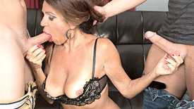 Layla LaMora - XXX MILF video screenshot #1