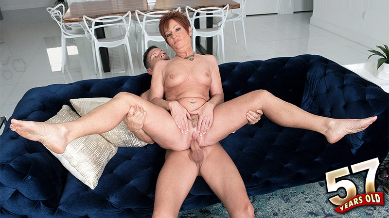 Ruby O'Connor - XXX Granny video