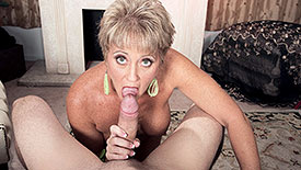 Tracy Licks - XXX MILF video screenshot #1