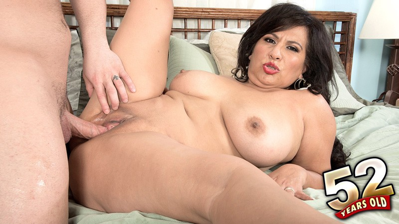Victoria Versaci - XXX Granny video