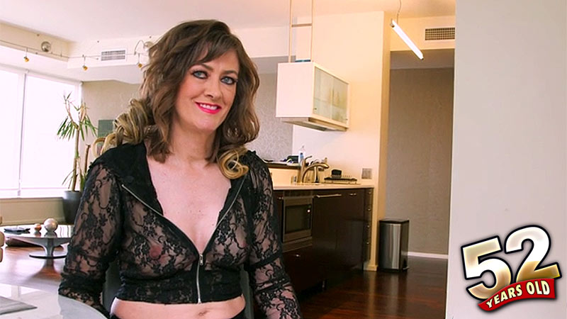 Babe Morgan - Interview MILF video