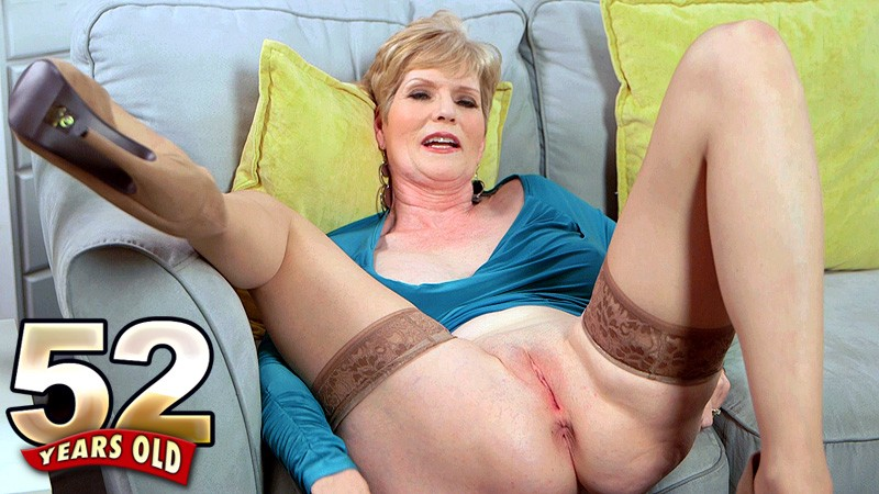 Sindee Dix - Interview MILF video