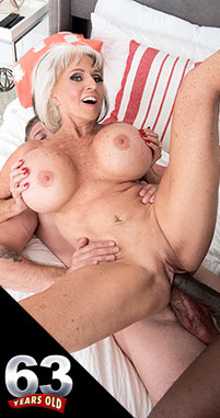 Sally D'Angelo - XXX Granny photos
