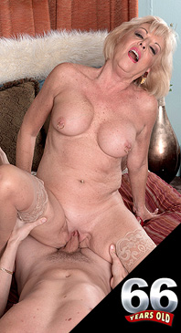 Scarlet Andrews A creampie for grandma