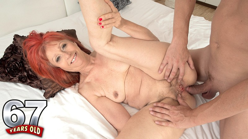 Milf Porn Videos: Mature Mom Sex Videos Redtube