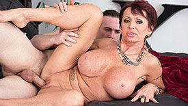 Gina Milano - XXX Granny video screenshot 3