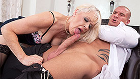 Lady S - XXX Granny video screenshot 1