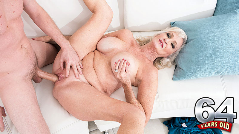Tony Rubino - XXX Granny video