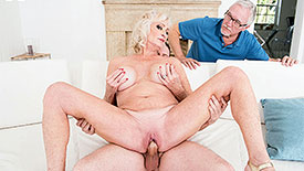 Leah L'Amour - XXX Granny video screenshot 4