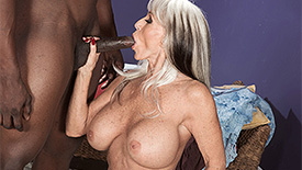 Sally D'Angelo - XXX Granny video screenshot 2