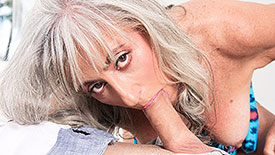 Silva Foxx - XXX Granny video screenshot 2