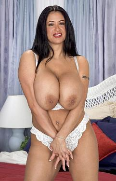 Amber Brooks -  Big Tits model