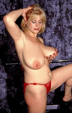 Annabelle -  Big Tits model