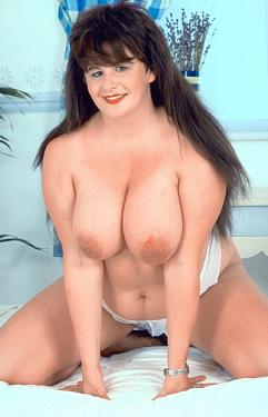 Beverly -  Big Tits model