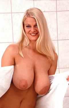Blondie -  Big Tits model