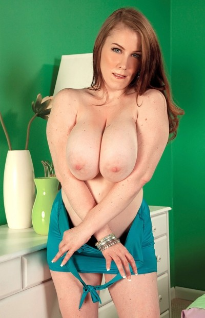 Desiree -  Big Tits model