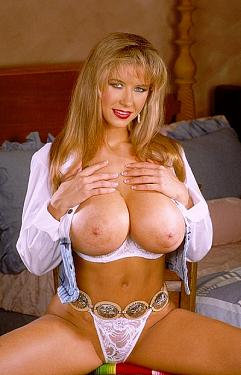 Dixie Bubbles -  Big Tits model