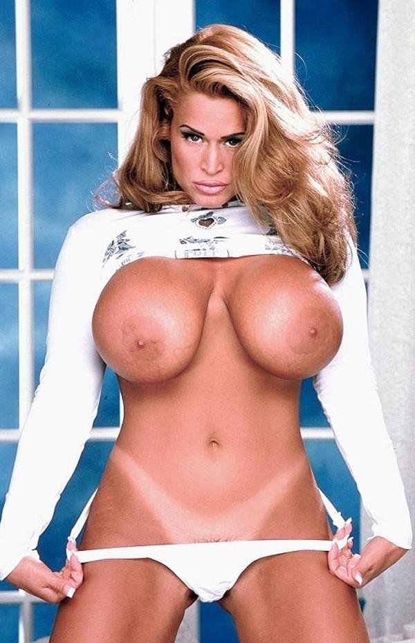 Tawny Peaks -  Big Tits model