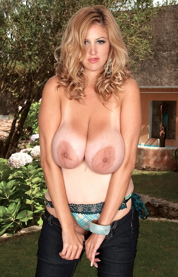 Eden Mor -  Big Tits model