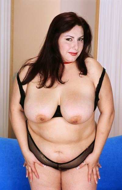 Frenchie Sinclair -  BBW model