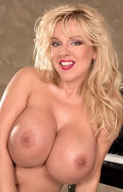 Harmony Bliss -  Big Tits model
