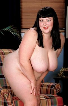 Paige Pin-up -  BBW model