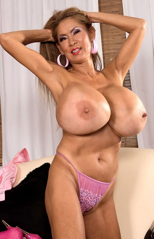 Minka -  Big Tits model