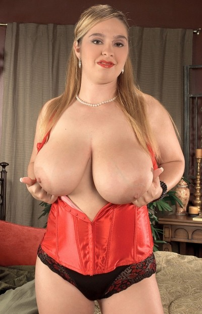 April McKenzie -  BBW model
