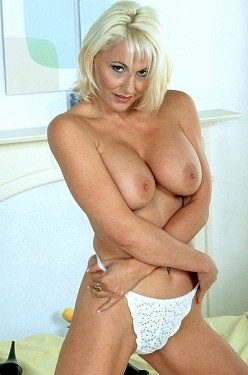 Jan Burton -  MILF model