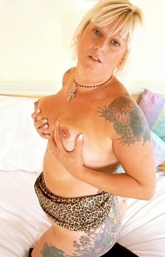 Sally -  MILF model