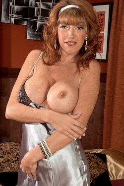 Rachel Rivers -  MILF model