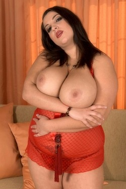 Angelina Vallem -  BBW model