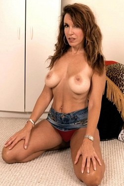 Gia Giancarlo -  Amateur model