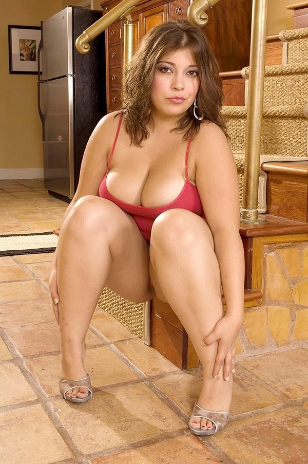 Lola Lush -  Big Tits model