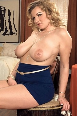 Anna Loren -  Big Tits model
