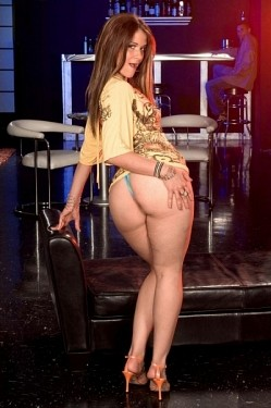 Miss Raquel -  Big Butt model