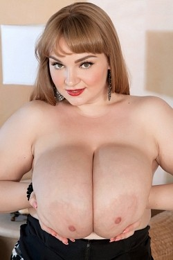 Micky Bells -  Big Tits model