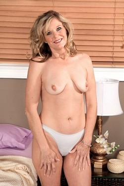 Cami Cline -  MILF model