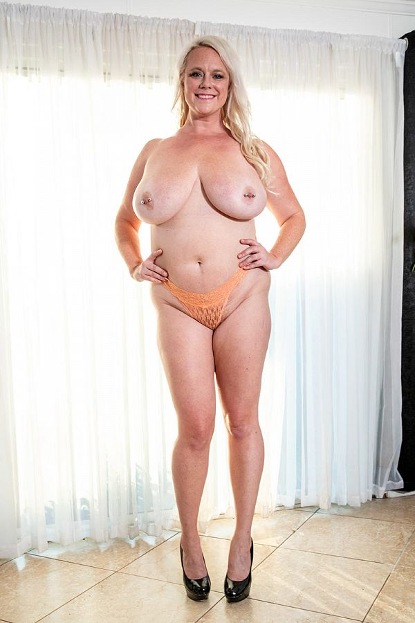 Cameron Skye -  Big Tits model